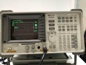 Spektrumanalyser werden bei einer Lauschabwehr eingesetzt.