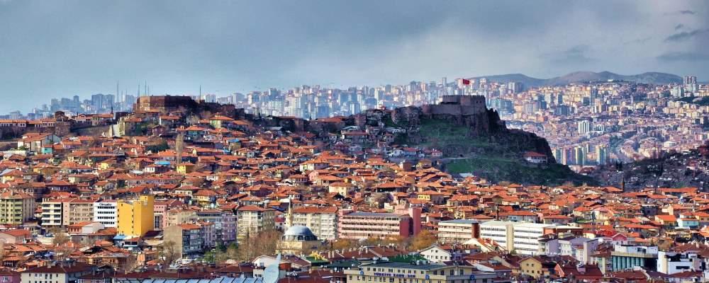 Detektive suchen nach Ihrem Vater in Ankara und jeder anderen Stadt in der Türkei.
